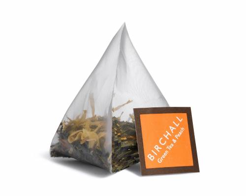 Green tea and peach pyramid tea bag